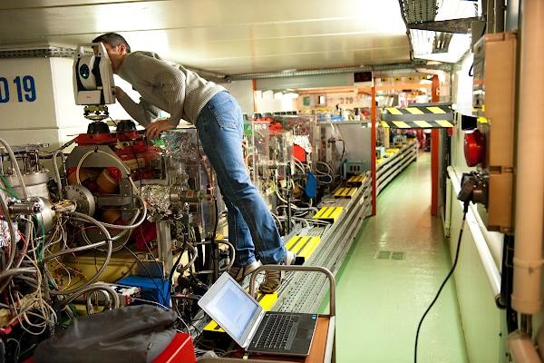 Трекер Leica в Научно-исследовательских работах